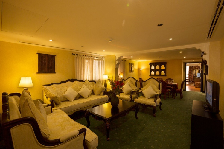 Grand suiten arabian courtyard hotel & spa bur dubai